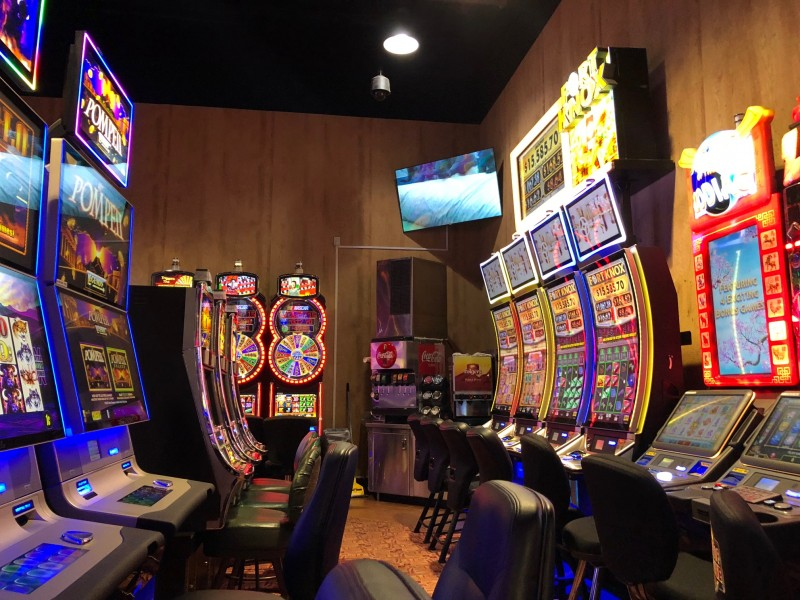 Las vegas antique slot machine company